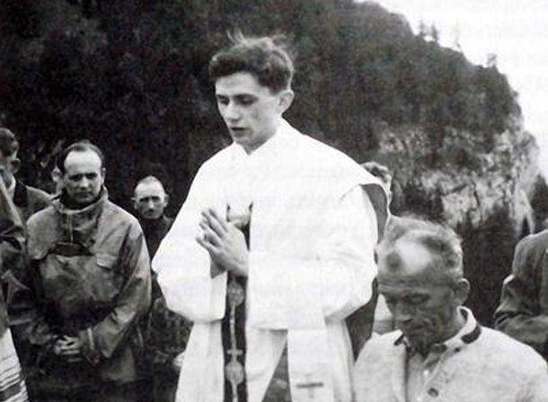El Papa firmó en 1970 un documento que pedía la abolición del celibato