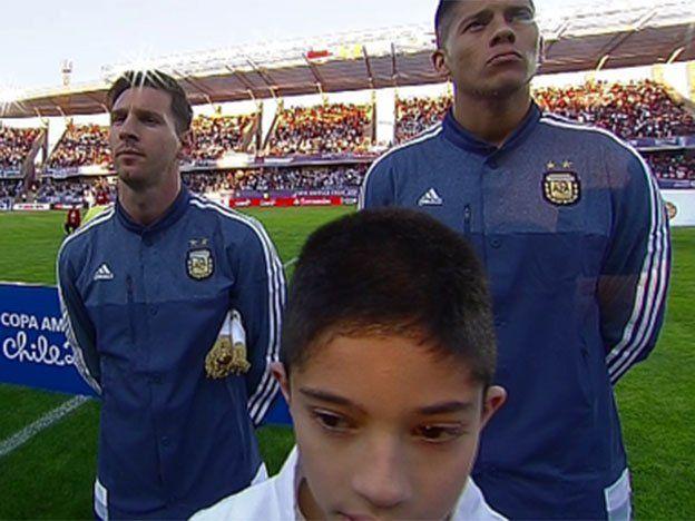 Silbatina en el Himno: la bronca de Messi por los chiflidos chilenos